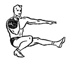Приседание на одной ноге с гирей у плеча
